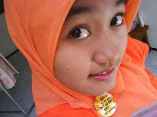 Gadis 1